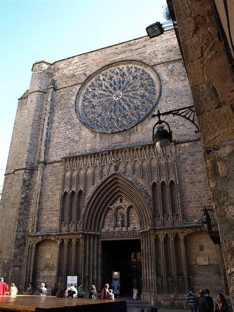Barcelona | Gothic quarter barcelona, Gaudi architecture ...