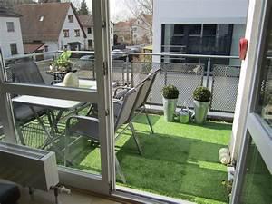 bildergalerie kunstrasen fur gartengestaltung mit kunstrasen With balkon teppich mit glas tapete