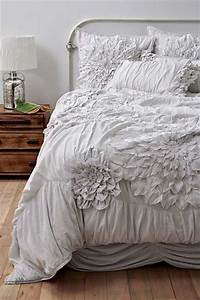 Textured Bedding Sets Add Flare and Charm to Bedroom ...