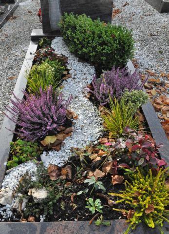 grabbepflanzung herbst  wwwblumen weilrodde