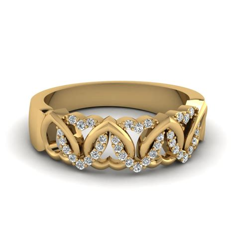 interweaved heart design diamond wedding band