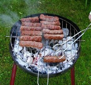 recette cuisine viande recette cuisine roumaine mititei ou mici petites saucisses de viande