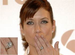 Photos celebrities rockin39 new engagement rings for Movie stars wedding rings