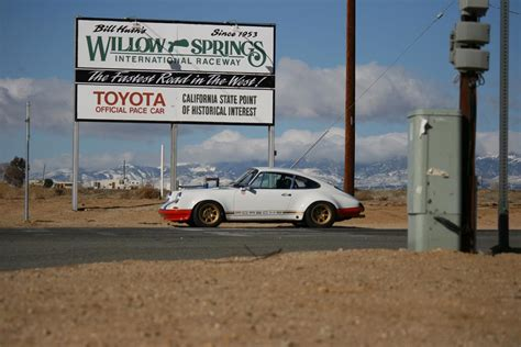 magnus walker house magnus walker porsche 911 72 str 002 at willow springs