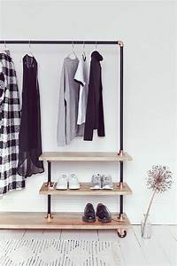 Portant Vetement En Bois : iron and wood clothes rack clothes racks iron and woods ~ Dailycaller-alerts.com Idées de Décoration