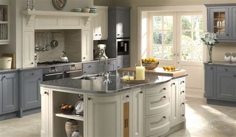 kitchen cabinets pricing tetbury panelven kitchens 3183