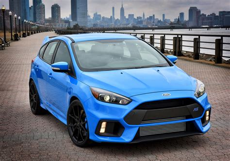 ford focus rs configurator   confirms