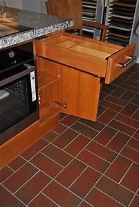 Granitplatte Küche Preis : kornm ller musterk che vollmassive k che in erle mit granitplatte bianco sardo ~ Markanthonyermac.com Haus und Dekorationen