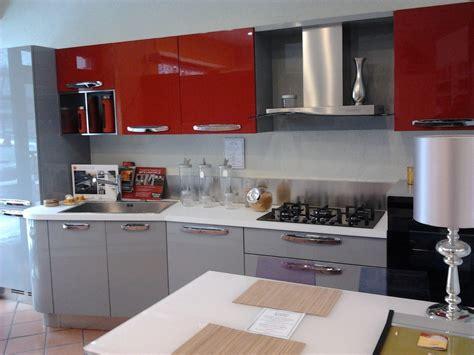 cucina laccata cucina time laccata lucida cucine a prezzi scontati