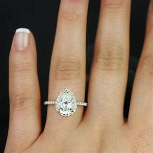 Gia certified 200 ct flawless pear cut diamond engagement for Wedding band for teardrop engagement ring