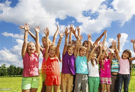 Large Group Of Happy Kids Stock Photo - Download Image Now ...