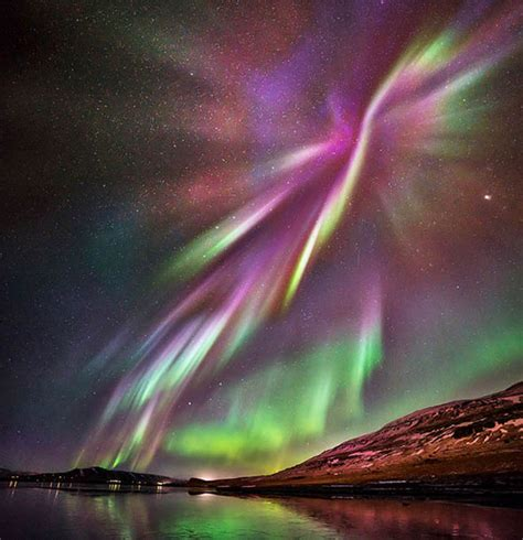 northern lights in iceland iceland s northern lights takes stunning pictures of