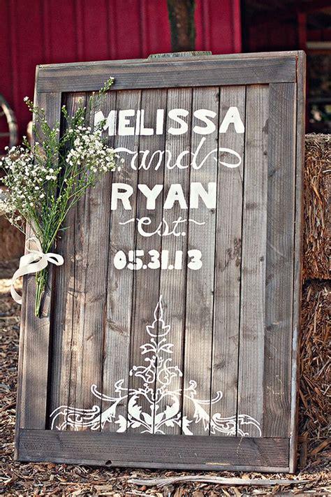 wooden wedding sign fab mood wedding colours