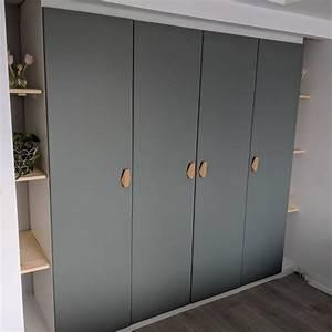 Ikea Pax Schranktüren : built in pax wardrobe reinsvoll grey green door bamboo nobs track lighting flat in 2019 ~ Eleganceandgraceweddings.com Haus und Dekorationen