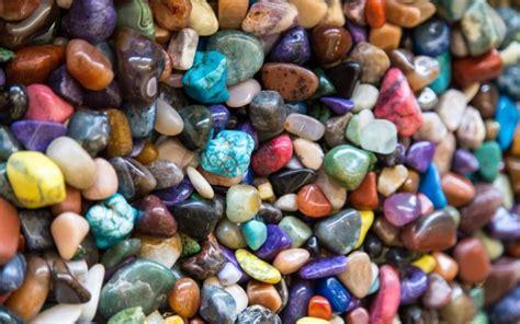 colored river rocks how do rocks get their colors wonderopolis