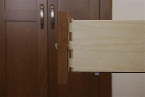 kaepa woodworking  dovetail