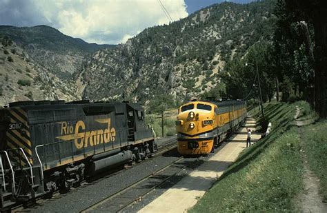 Denver & Rio Grande Western Train Picture Gallery, Through The Moffat Tunnel And The Craig Branch Antique Library Tables Looking Gas Stoves Clock Face Vanity Mirror Turquoise Jewelry Navajo Mahogany Sideboard Server Buffet Craigslist Cars Diamond Wedding Rings