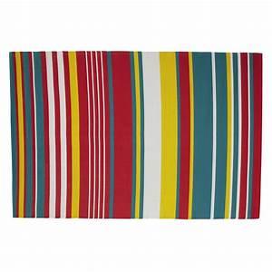 Teppich Bunt Gestreift : outdoor teppich capri aus kunststoff 180 x 270 cm bunt gestreift maisons du monde ~ Whattoseeinmadrid.com Haus und Dekorationen