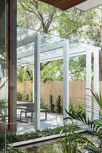 Modern pergola design ideas for Whirlpool garten mit balkon pergola