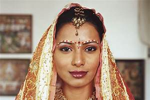 Bindi: The Great Indian Forehead Art