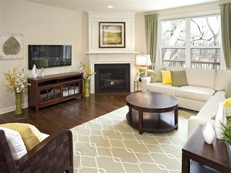 Pictures Of Simple Living Room Arrangements by Simple Living Room With Corner Fireplace Decorate It