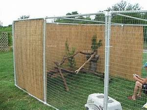 Diy cat cage pets outdoor cat enclosures diy cat for Dog fence enclosure