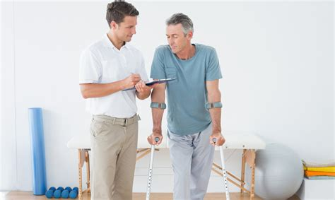Physical Therapist Assistant Pay by How To Become A Physical Therapy Assistant Pta Requirements