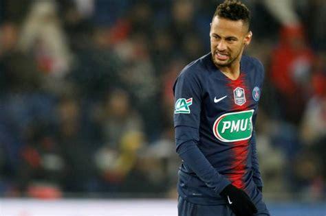 Futebol Neymar Cede Aos Apelos E Vai De Moicano Para Jogo
