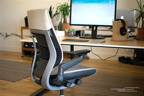 the best office chair the wirecutter