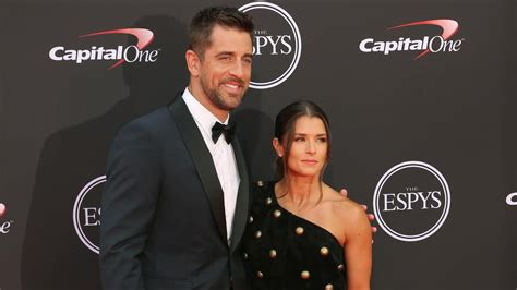 danica patrick  aaron rodgers spiked idea  woman cave wluk