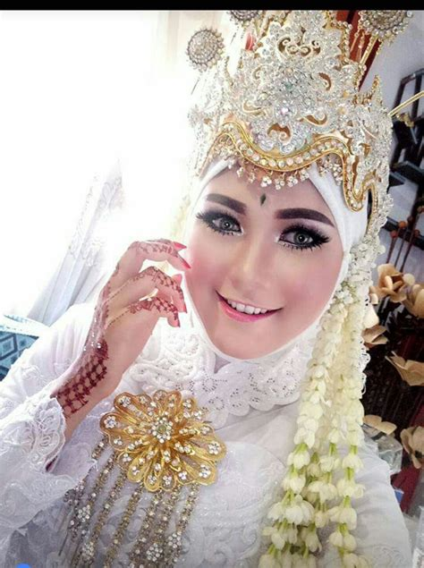 pengantin modern saubhaya makeup