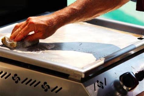 comment bien nettoyer sa cuisine comment nettoyer une plancha en fonte rouillee 28 images