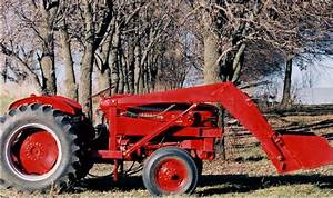 1957 International 300 Utility Tractor