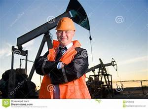 Engineer In An Oil Field Royalty Free Stock Photos - Image ...