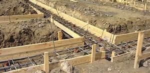 fondation maison les etapes du terrassement a la dalle With comment faire des fondations pour une maison