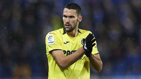 Real Madrid Eyeing Villarreal's Alfonso Pedraza as They ...