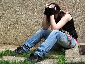 Estrés Postraumático en Niños y Adolescentes Abusados Sexualmente Rev Chil Pediatr 2010