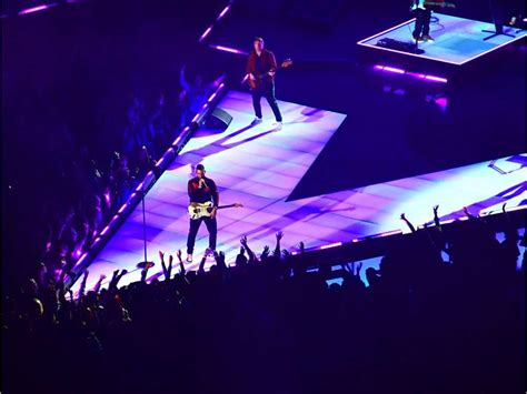 maroon 5 vancouver daily poll what did you think of maroon 5 s super bowl