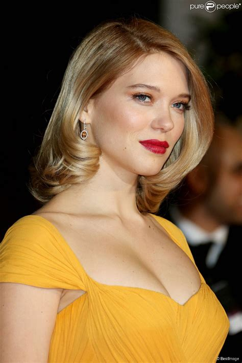 mission style bed léa seydoux 2018 hair legs style weight