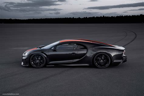 This one, though, will have a standard ride height—and a passenger seat. 2021 Bugatti Chiron Super Sport 300 - HD Pictures, Videos ...