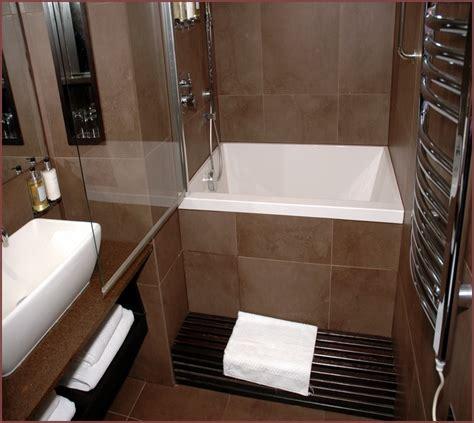 Small Corner Soaking Tub Finest Walk In Bathtub Vs Walk