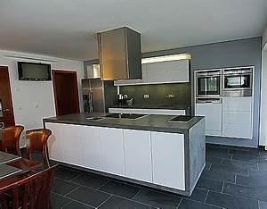 Küche Weiß Hochglanz Grifflos : k che hochglanz weiss ~ Eleganceandgraceweddings.com Haus und Dekorationen