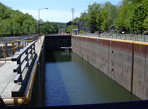 canile chambre traces of the erie canal lock no 36 falls n y