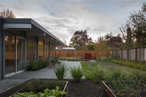 eichler landscaping original eichler house in california gets an inspiring upgrade appleberry drive residence