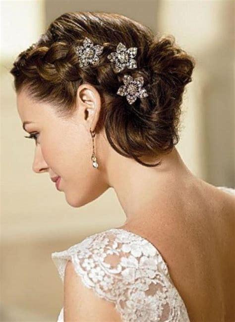 bandeau cheveux mariage coiffure mariage cheveu court les tendances mode du automne hiver 2017