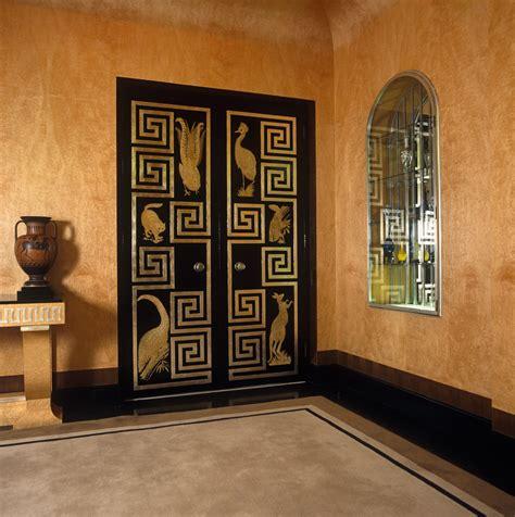 greek style  design ideas remodel  decor lonny