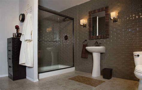 Average Cost For Small Bathroom Remodel by Average Cost To Gut And Remodel Bathroom Pictures 02