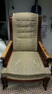 Tapisser Une Chaise : armand verdier garnissage ~ Melissatoandfro.com Idées de Décoration