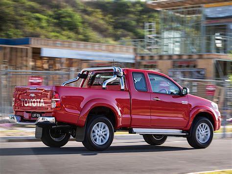 Toyota Hilux Extra Cab Specs & Photos  2011, 2012, 2013