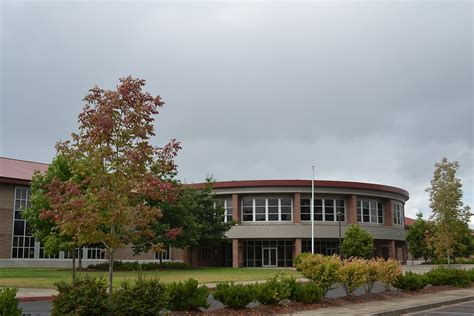 cottage grove or cottage grove high school
